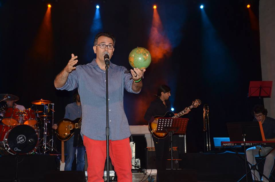 guillem-monserrat-cantant